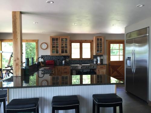 Harbor house kitchen