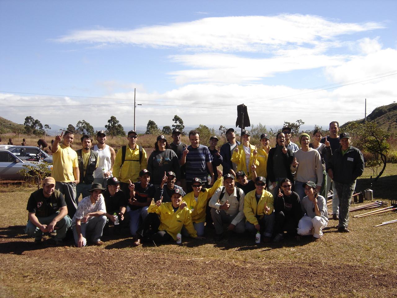 Formação_de_Brigada_JUNHO2006_009