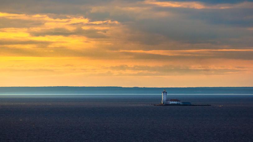Baltic-light-Santiago-Pampliega-kerrispenphoto-faro-tolbukhin-1