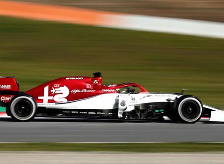 Alfa Romeo é apresenta carro para temporada da Fórmula 1