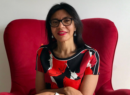 A escritora Isa Colli realizará maratona de lançamentos no Brasil