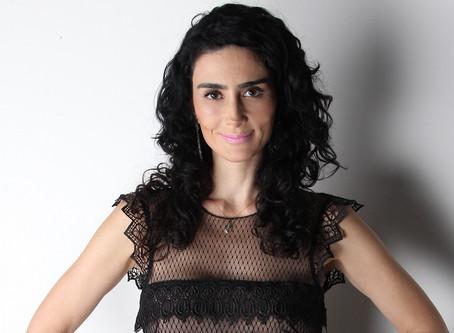 Cristiane Machado lança livro sobre violência doméstica