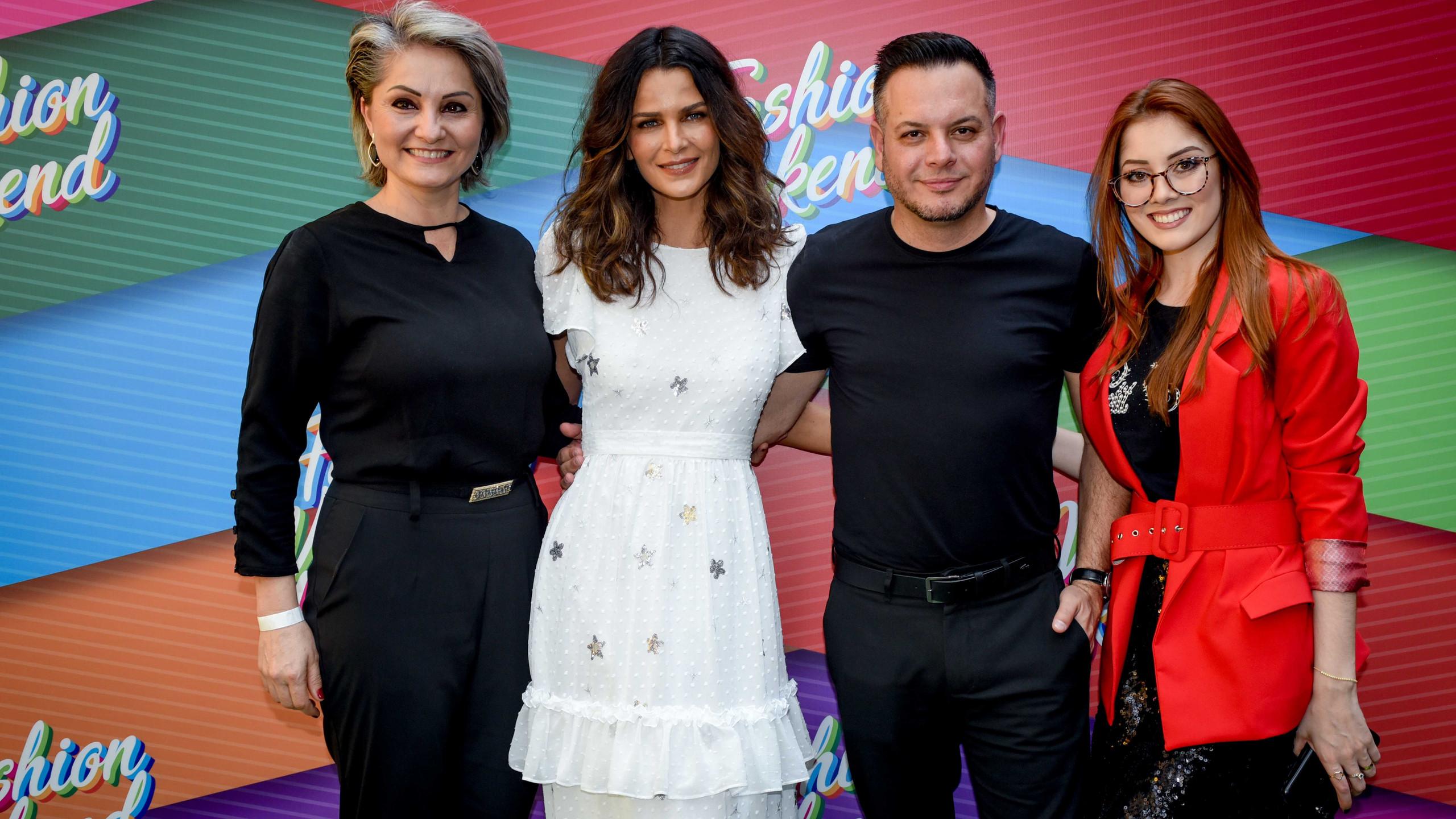 Andrea Bernardo , Fernanda Motta, Daniel Fonseca e Moara Valim - equipe Petit Cherie