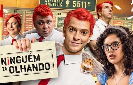 """Danilo de Moura está em nova série da Netflix """"Ninguém Tá Olhando"""""""