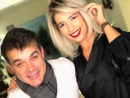 O Expert em loiros Sandro Cunha Hair assina as madeixas de Leandra Aguilar