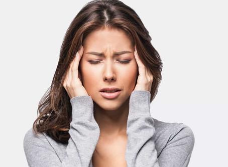 Dores de cabeça: os alimentos que provocam e os que evitam