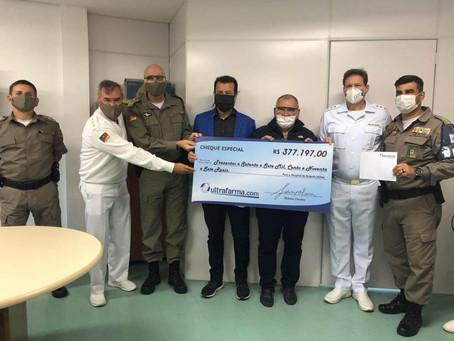 Sidney Oliveira realiza entrega das doações para o Hospital da Brigada Militar de Porto Alegre