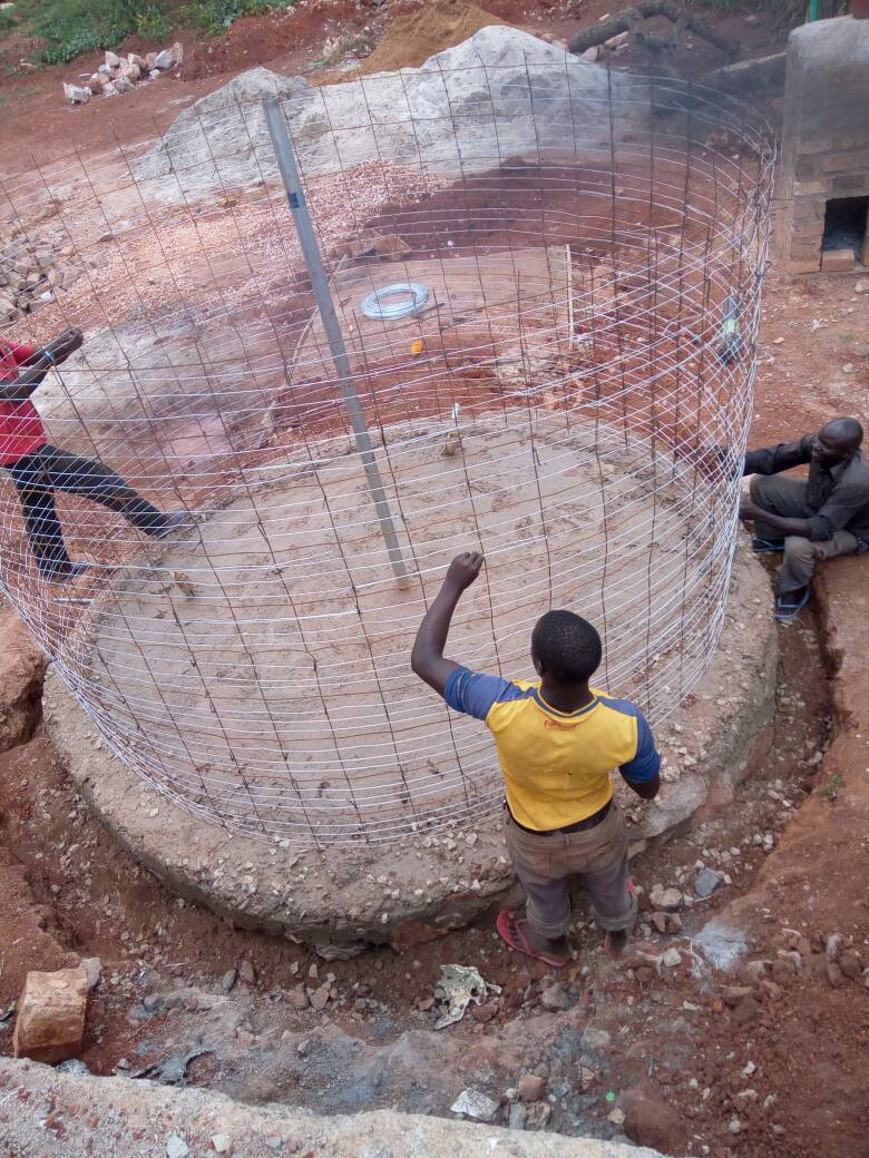 This water tank will hold 20,000 litres which will help supply Herona Hospital.