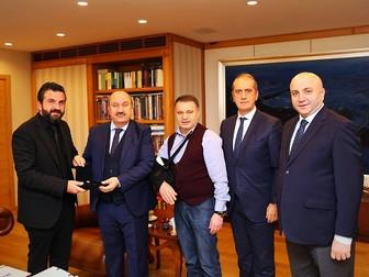 İKO, KREDİ KARTINDA TAKSİT YASAĞININ KALDIRILMASINI TALEP ETTİ