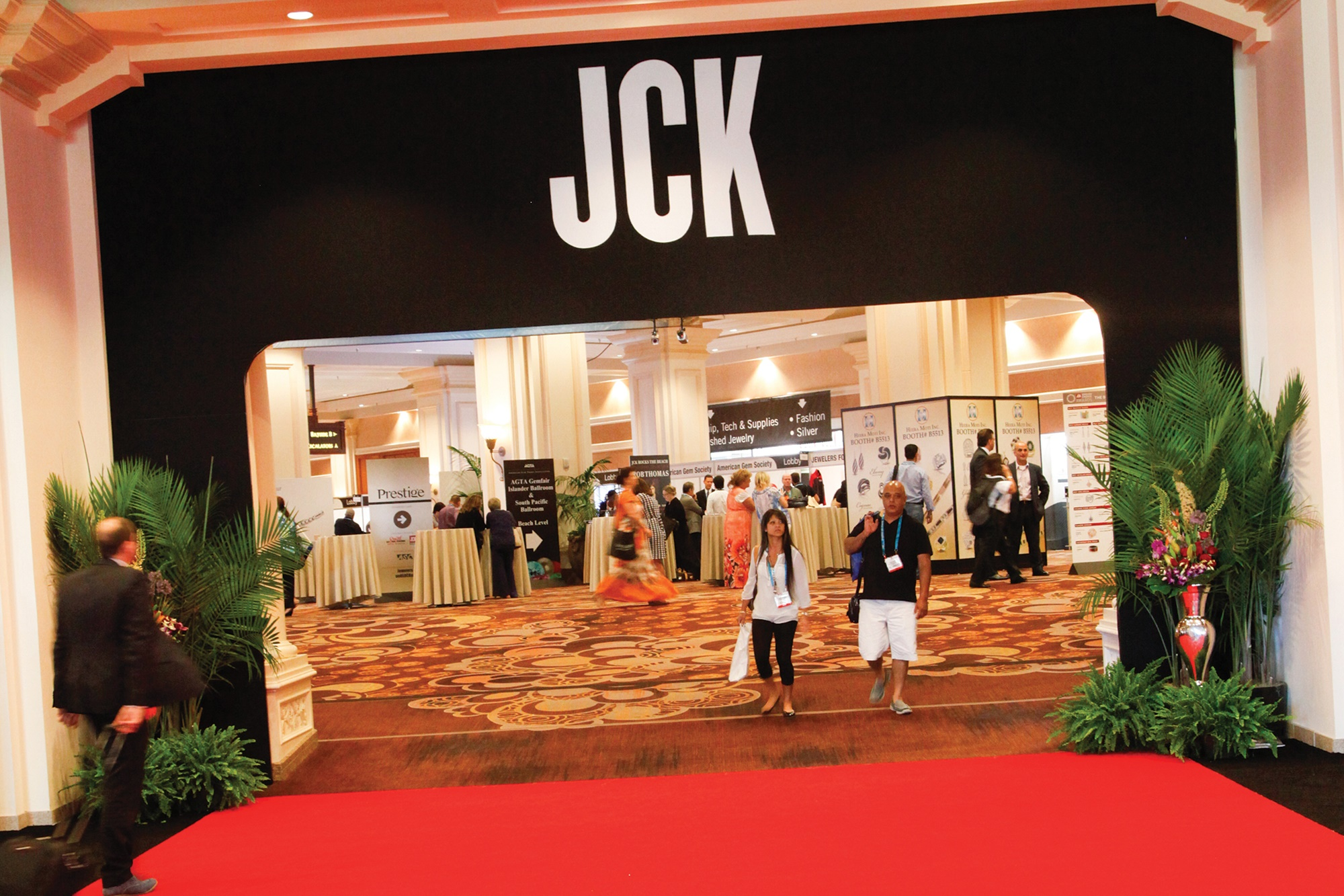 3045104_JCK-entrance