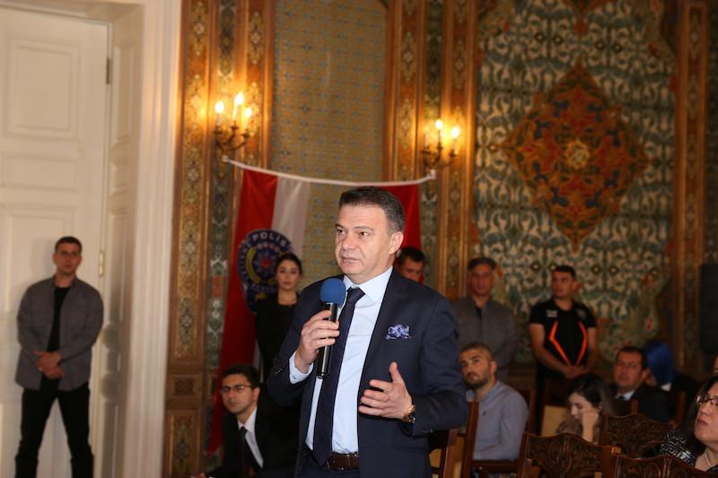 İstanbul Kuyumcular Odası Başkanı Mustafa Atayık