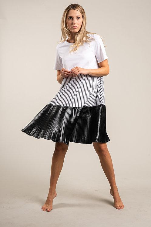 Kleid mit Plissetrock