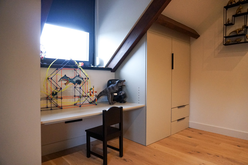 Compleet interieur woning | kledingkast kinderkamer