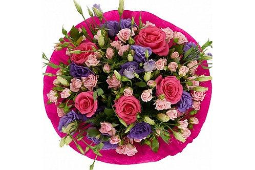 Букет с розой и эустомой Изящность