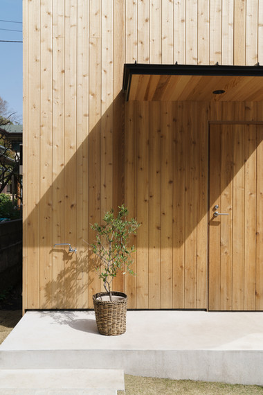 House in Hayama on ArchDaily