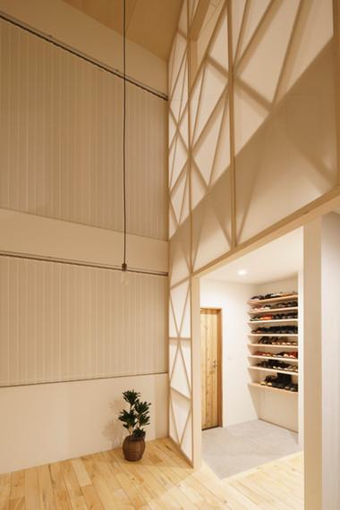 House in Hayama on Design Milk