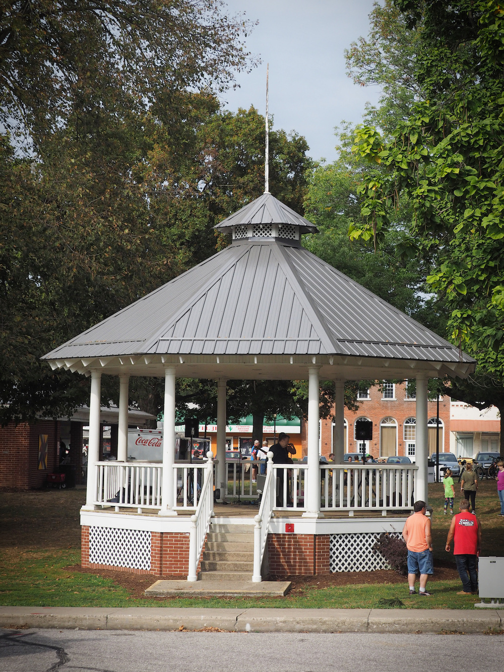 Amish Roofers bandstand 2