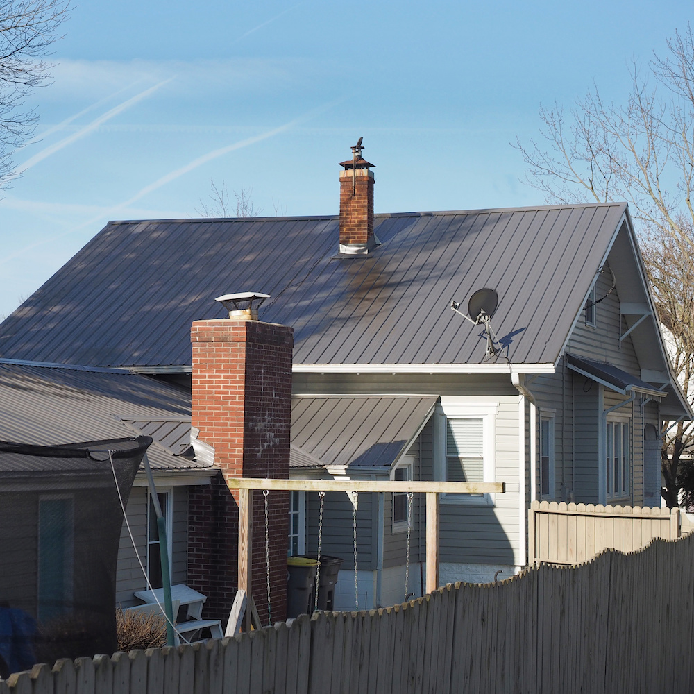 Amish Roofers metal 4.1
