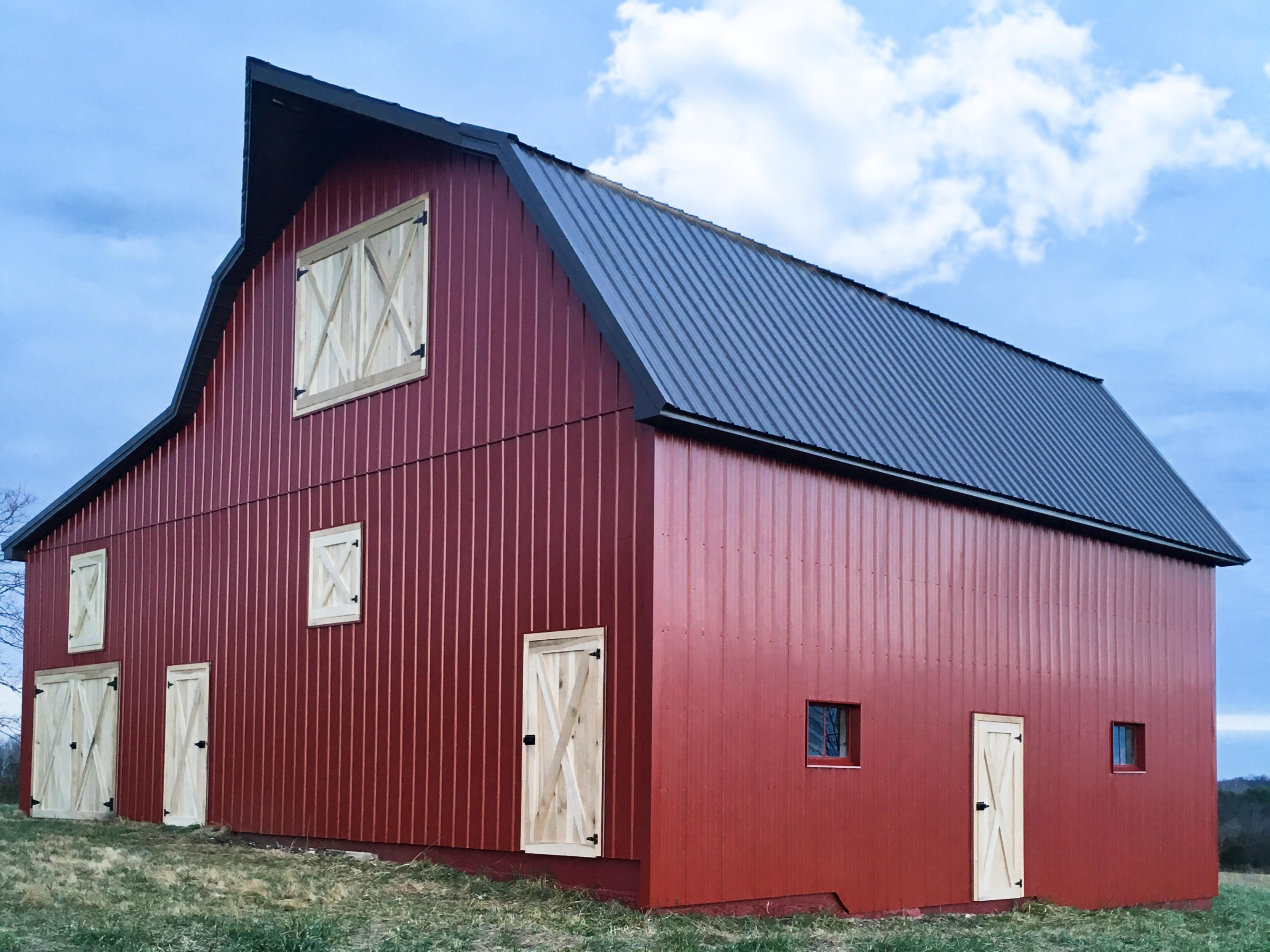 Amish Roofers Barn