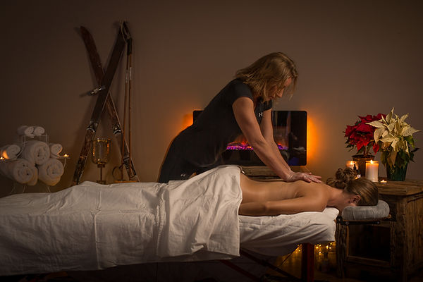 Massage & Wellness Kalispell, MT, Heather Reddig delivering relaxation massage