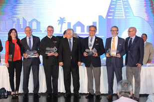 """En el marco de ABASTUR 2019, se entregaron los galardones de """"La Llave del Progreso""""."""