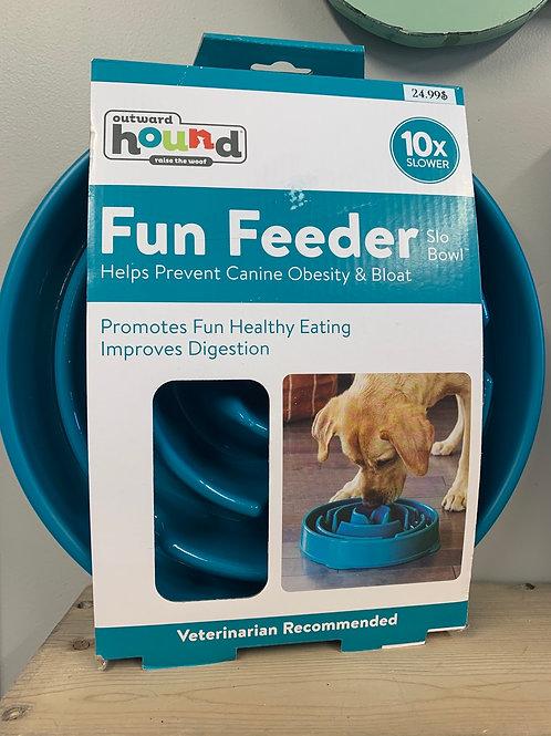 Bol ralentisseur ''fun feeder''
