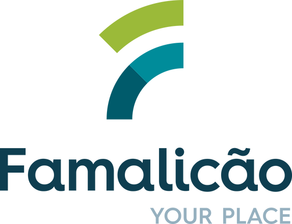 Logotipo_Vertical_Famalicão_YourPlace.pn
