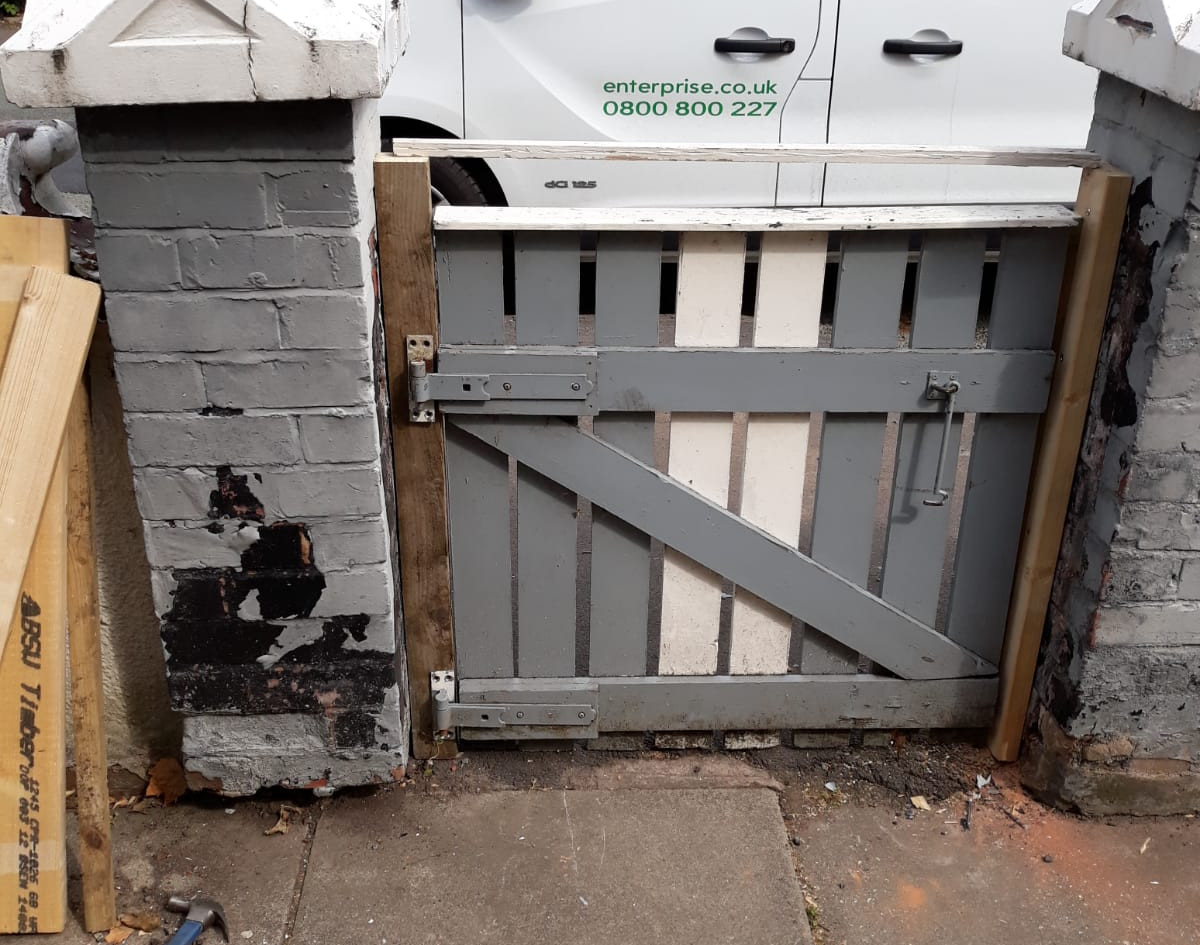 Property fence and gate replacement