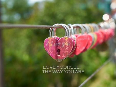 פוסט אהבה עצמית לכל הנשים מעל מידה 42