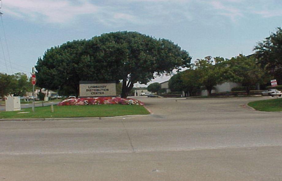 Lombardy distributio center.JPG