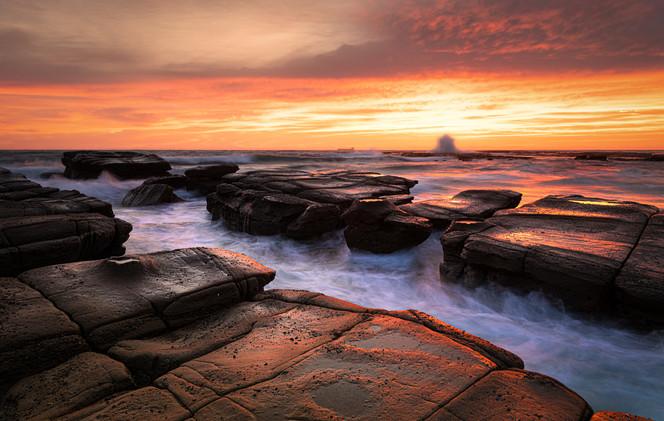 """Morning Breaks"" Gravelly Beach, Central Coast"