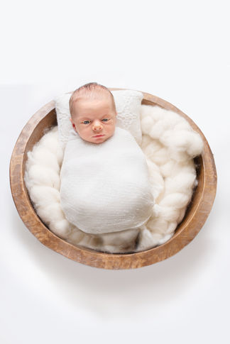 Baby bowl wrapped pose