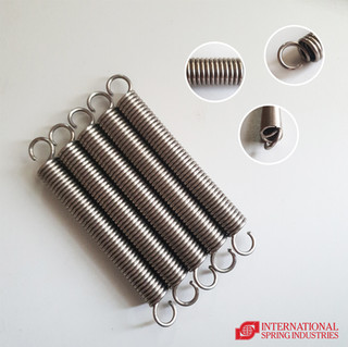 Tension Spring Material: stainless steel Wire diameter: 3.00 mm Outer diameter: 20.00 mm Free length: 135.00 mm Overall length: 173.00 mm Hook type: half loop over center