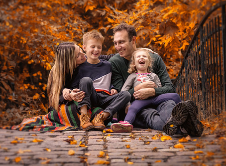 Fall family photo sessions in Toronto
