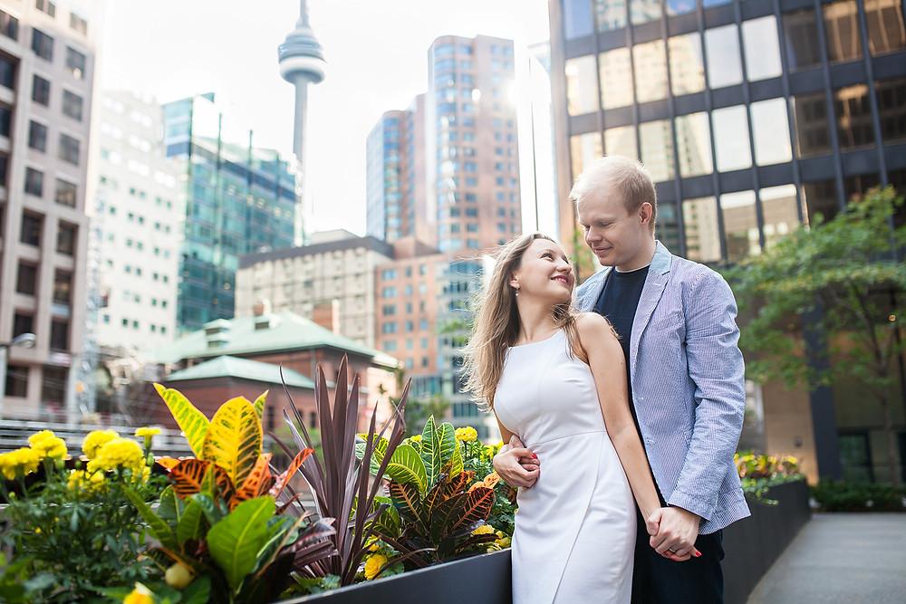 Couple photo session downtown Toronto