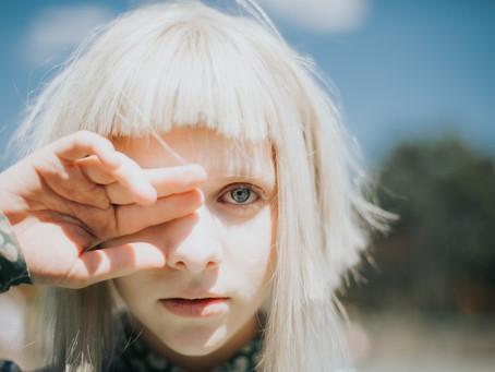 """""""No necesito una cura para mi"""", dice Aurora en su nuevo sencillo. 😉😌"""
