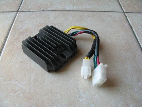Régulateur NEUF pour Honda 600 Transalp - PD06 - PD10 - Modèle 7 fils
