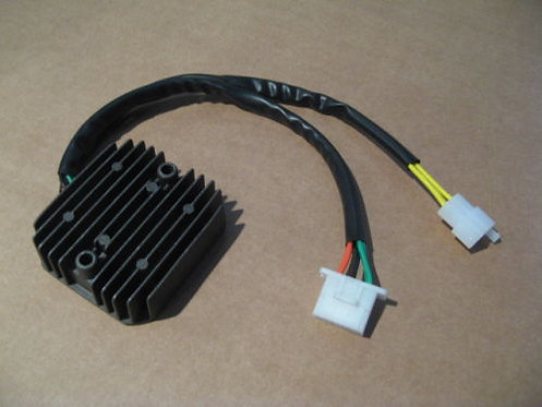 Régulateur NEUF pour Honda 650 XRV Africa twin - RD03