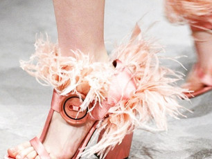 Are your feet Coachella ready? Your glam guide festival shoes!