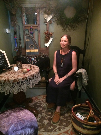 Saturday 10/6 1:00-6:00 Readings w/ seer CANDICE RAE $40 for 15 minutes