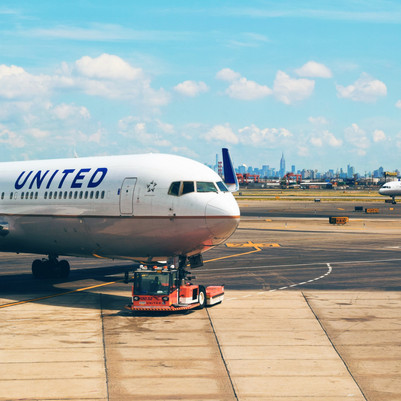 United Airlines Is Offering Free Travel for Vaccinated Travelers