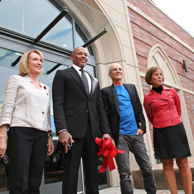 LAUSD Teams Up With Dr.Dre and Jimmy lovine to Open New South LA High School