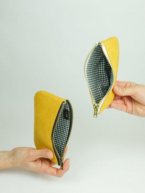 Porte monnaie en cuir jaune moutarde
