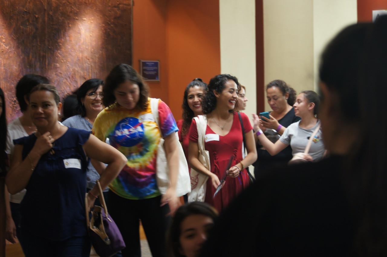 empowering girls León