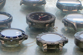 HYDRO-comparing_watches.jpg