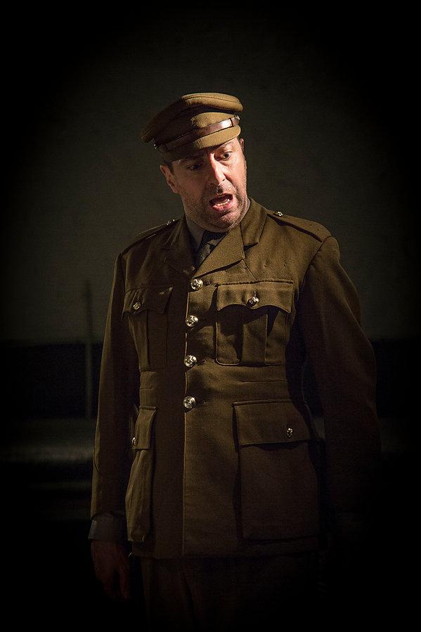 Col Oates (Graham Elwell).jpg