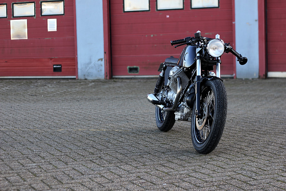 cool kid customs moto guzzi caferacer cafe racer amsterdam