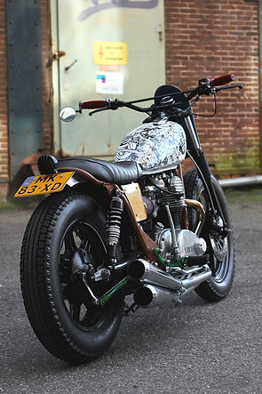 cool kid customs yamaha xs650 bratstyle skateboard customs motorcycle