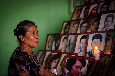 Altar_de_víctimas,_Sta_Lucía_Cotz._Nov_2