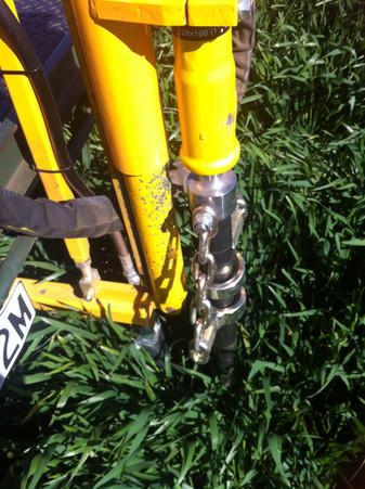 Hydraulic soil coring